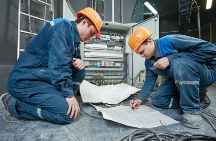Maintenance des installations et équipements électriques