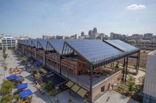 Toiture photovoltaïque de la Halle Pajol à Paris